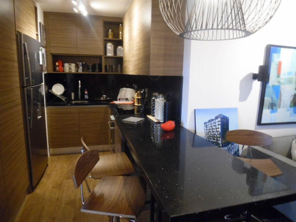 2 de 6: Cocina con gabinetes