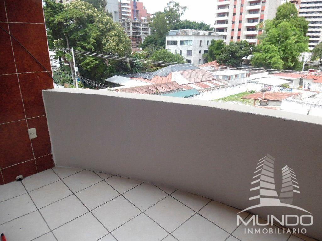 7 de 7: Amplio balcón de habitación máster