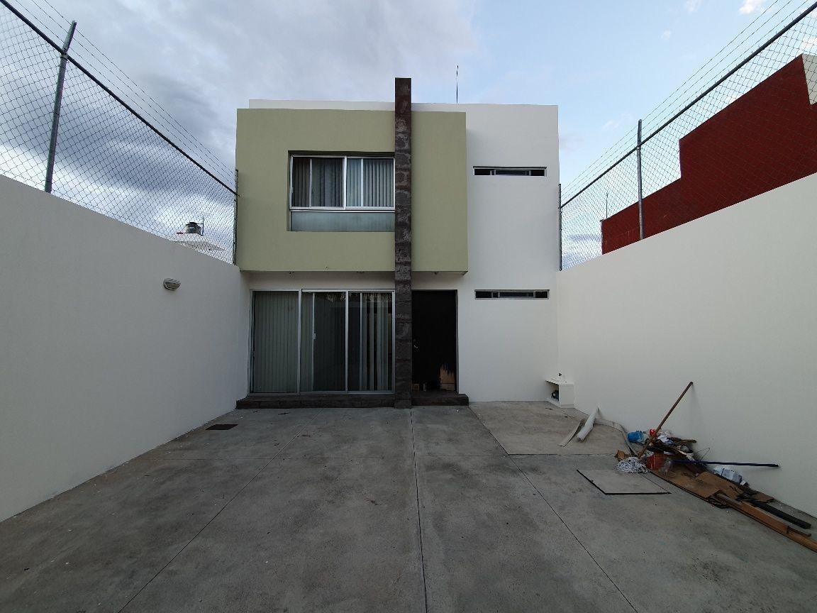 2 de 37: Vista fachada interior