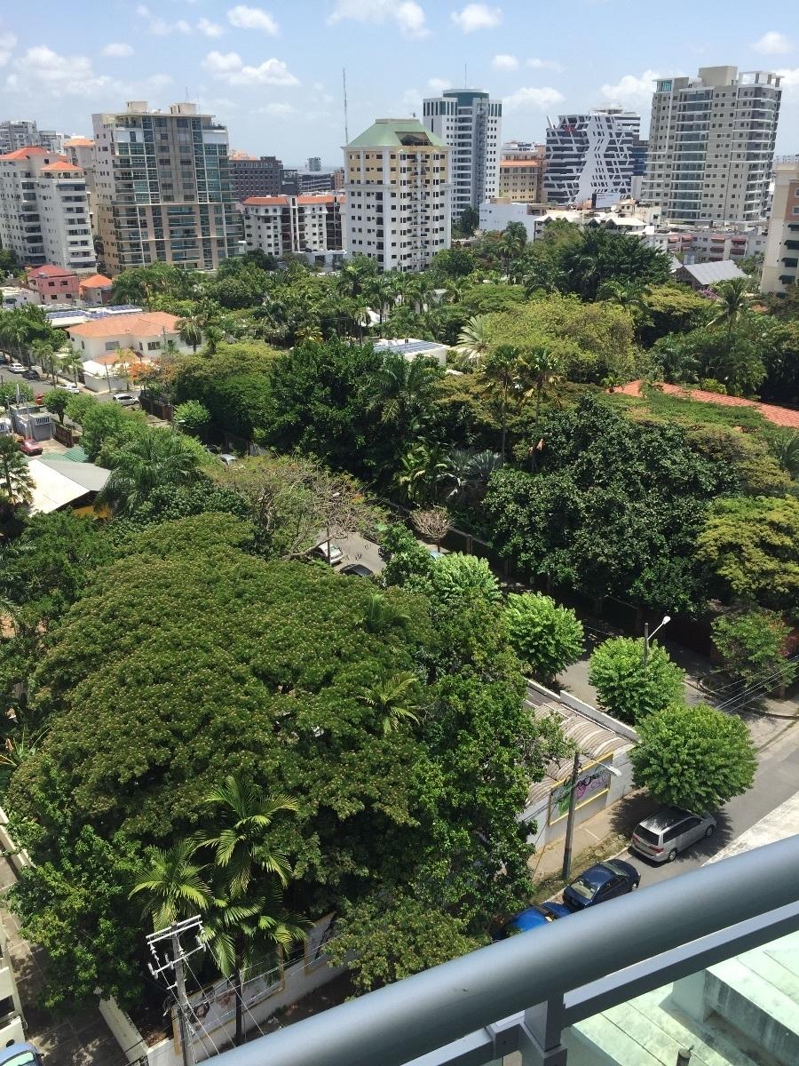 12 de 26: Vista desde el balcón