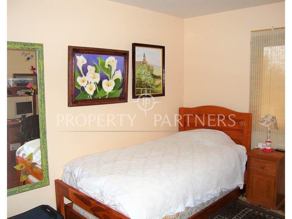 10 de 14: Dormitorio 2 piso flotante