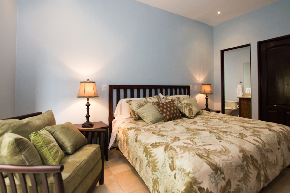 10 of 19: Mater bedroom