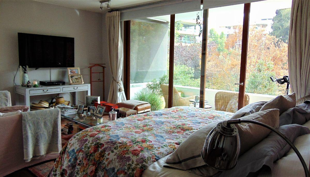 10 de 23: Dormitorio