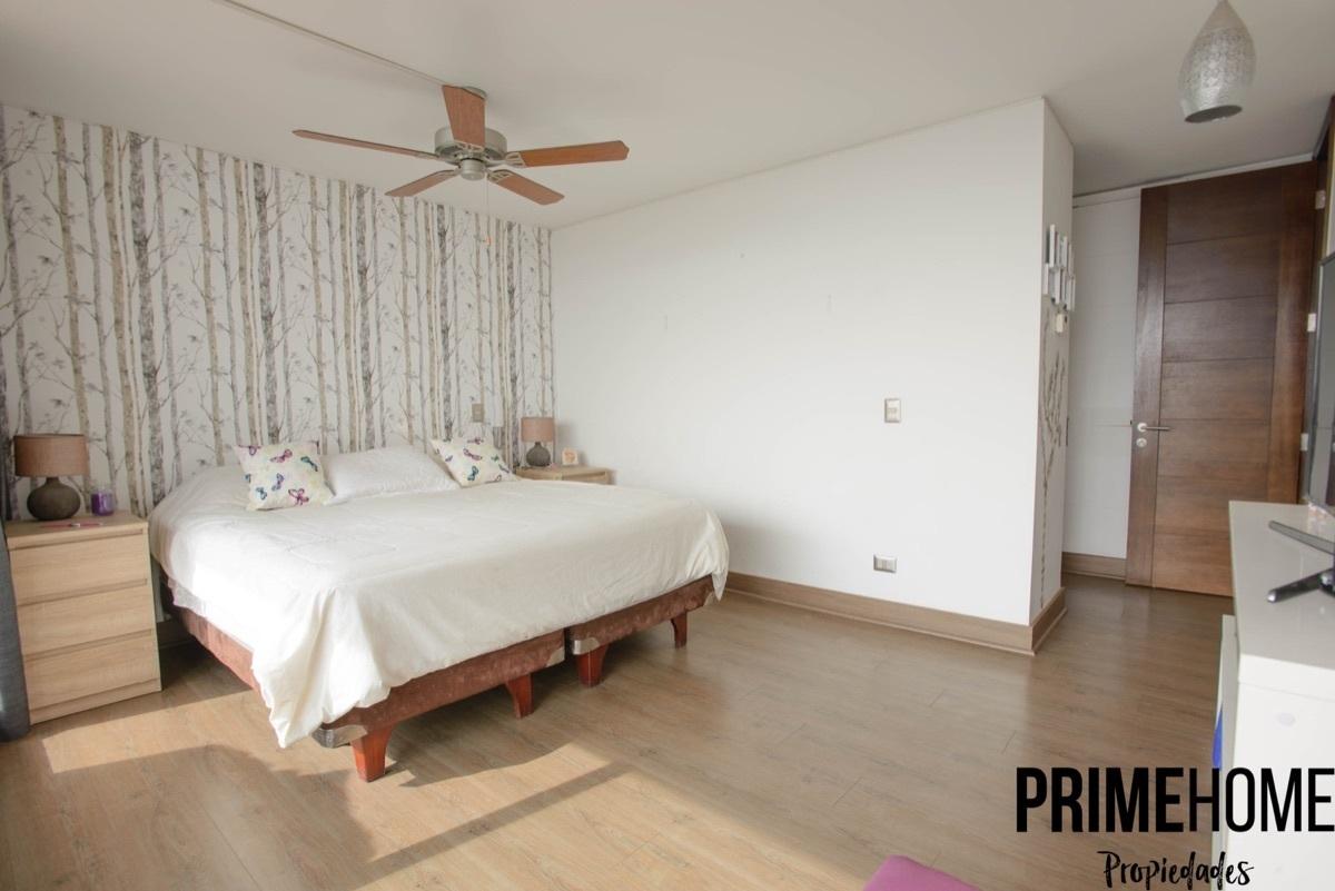 7 de 15: Dormitorio principal en suite