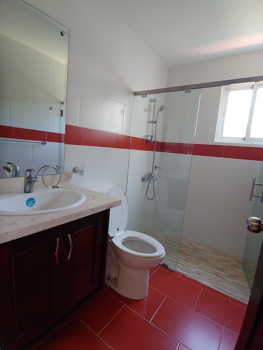 Amplio apartamento en Urb. Neftaly 3image3