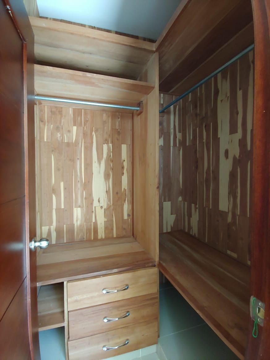 Amplio apartamento en Urb. Neftaly 3image4
