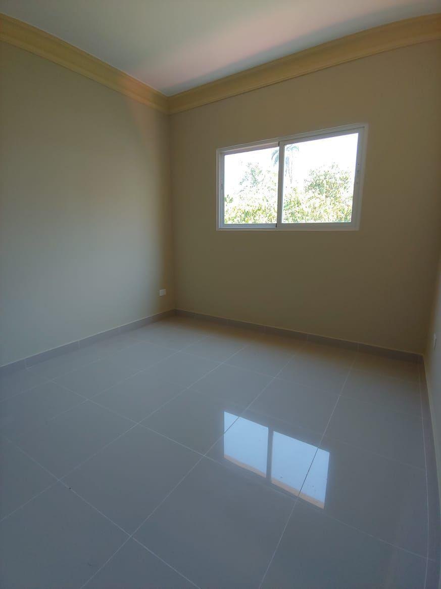 Amplio apartamento en Urb. Neftaly 3image7