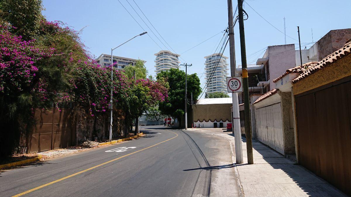 2 de 32: Vista Calle Paseo de la Cañada