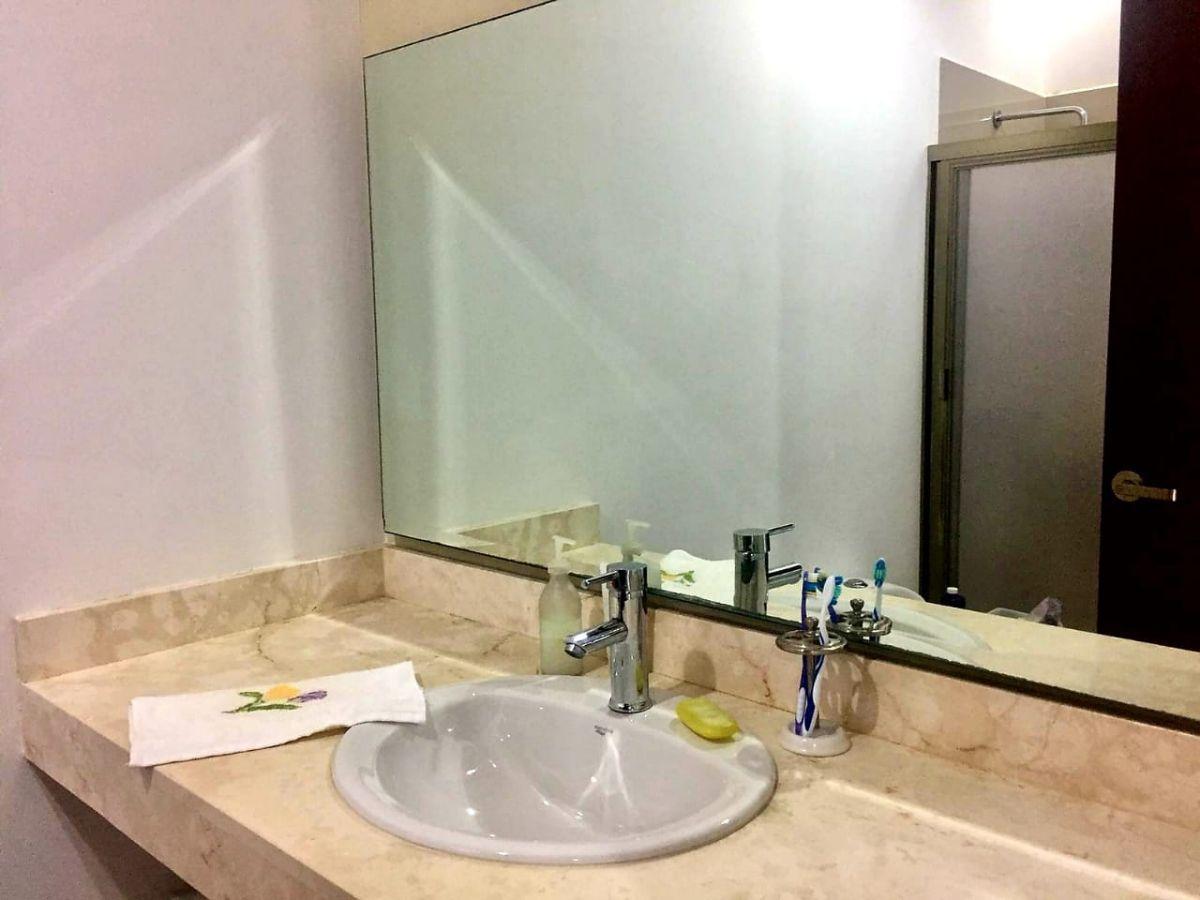 5 de 16: Acabados de lujo en todos los baños
