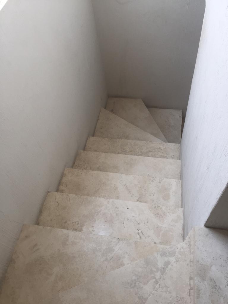 26 de 47: escaleras