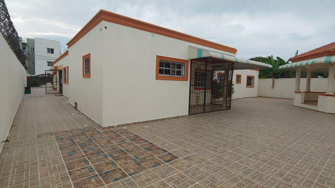 Amplia Casa en Caperuza 2image4