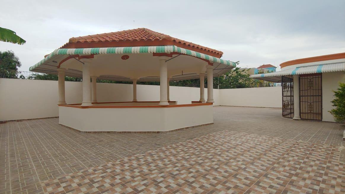 Amplia Casa en Caperuza 2image7