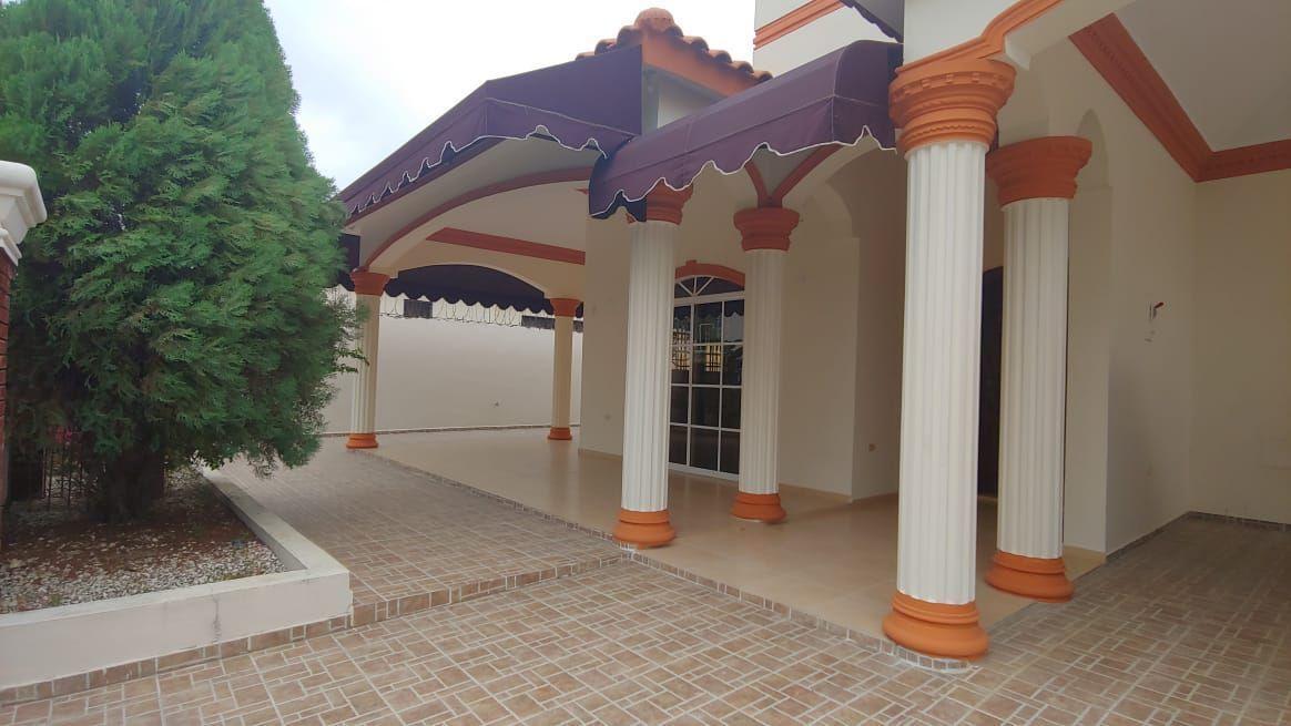 Amplia Casa en Caperuza 2image15