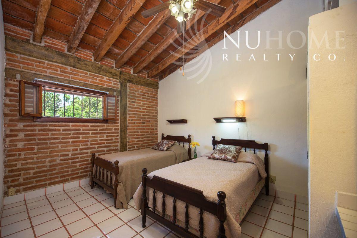 20 de 34: Casa Arbol La Cruz de Huanacaxtle NUHome Realty