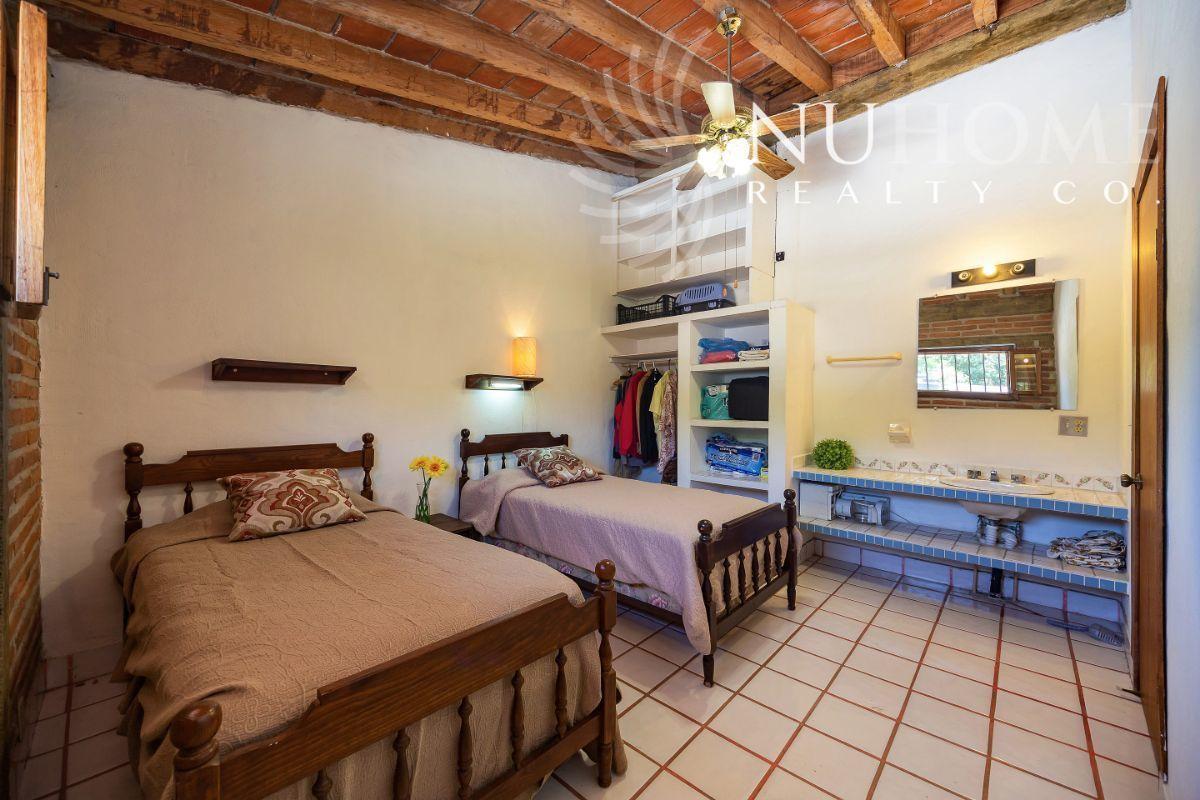 21 de 34: Casa Arbol La Cruz de Huanacaxtle NUHome Realty