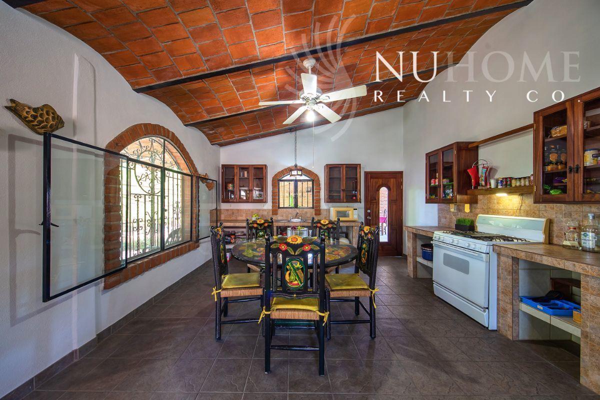 18 de 34: Casa Arbol La Cruz de Huanacaxtle NUHome Realty