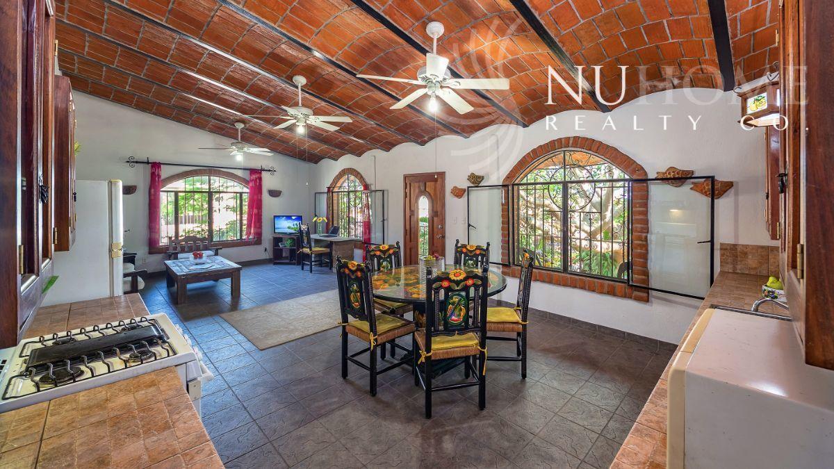 24 de 34: Casa Arbol La Cruz de Huanacaxtle NUHome Realty