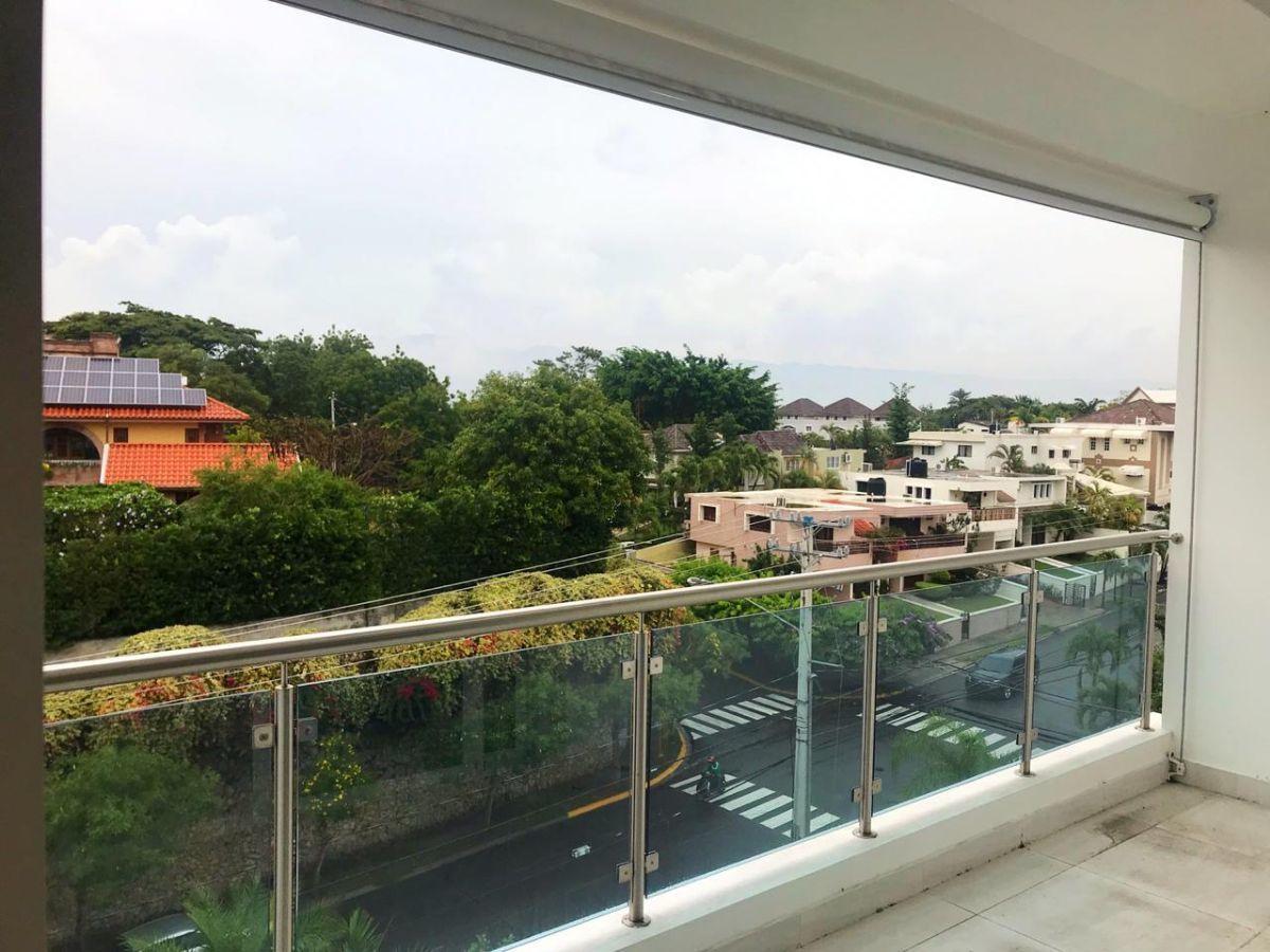 6 de 16: balcon