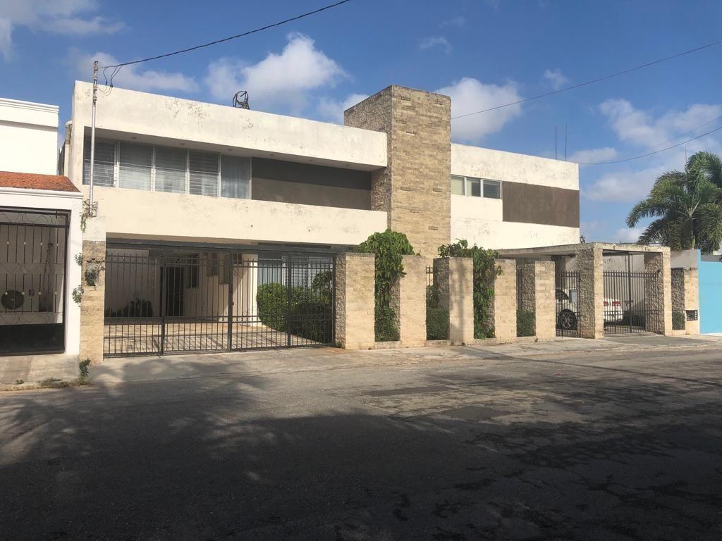 1 de 18: Fachada Residencia