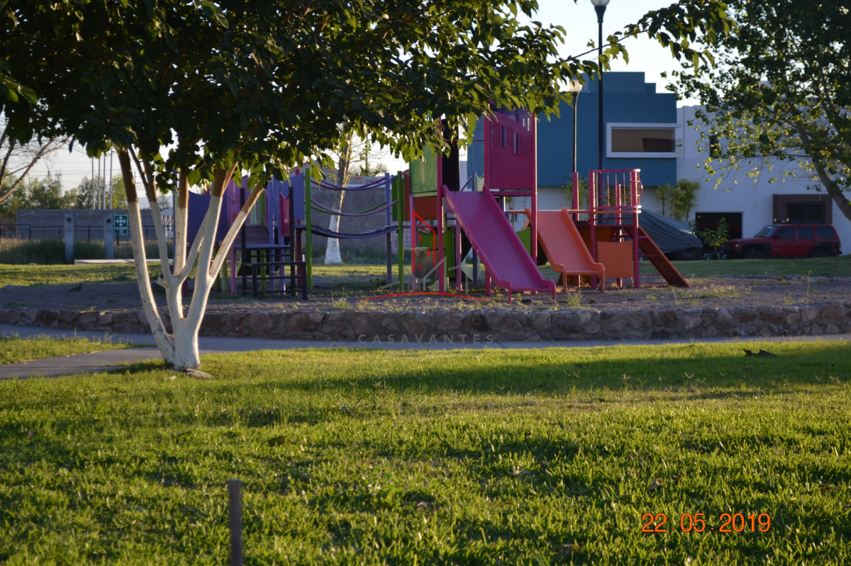 23 de 23: Parque del fraccionamiento