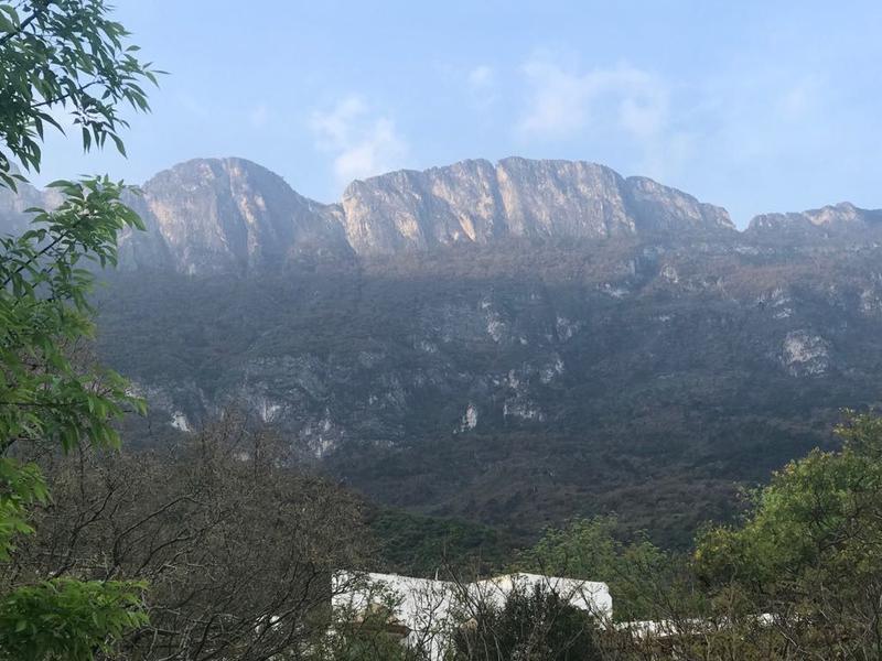 3 de 8: Vistas  a la Sierra Madre
