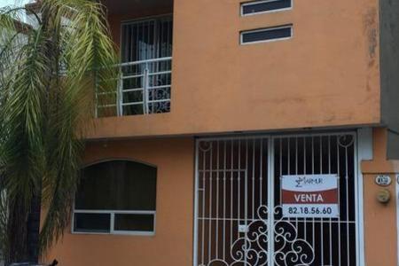 Casa En Venta Col Santa Cecilia En Apodaca