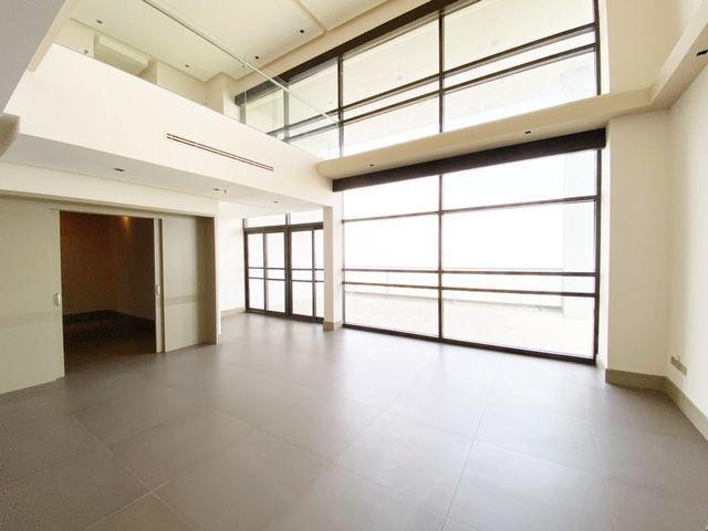 4 de 35: Doble altura en sala (entrada sala de cine)