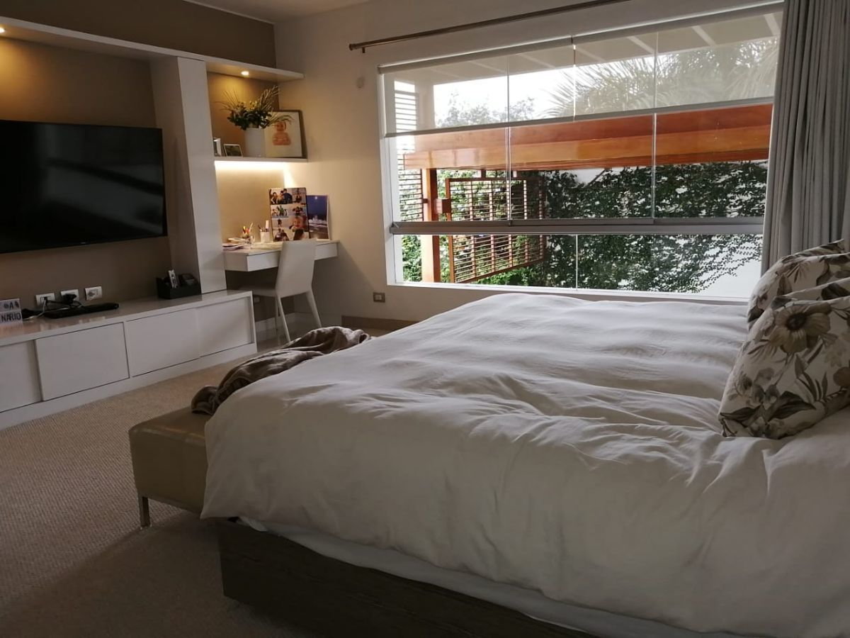 30 de 42: Amplio dormitorio principal