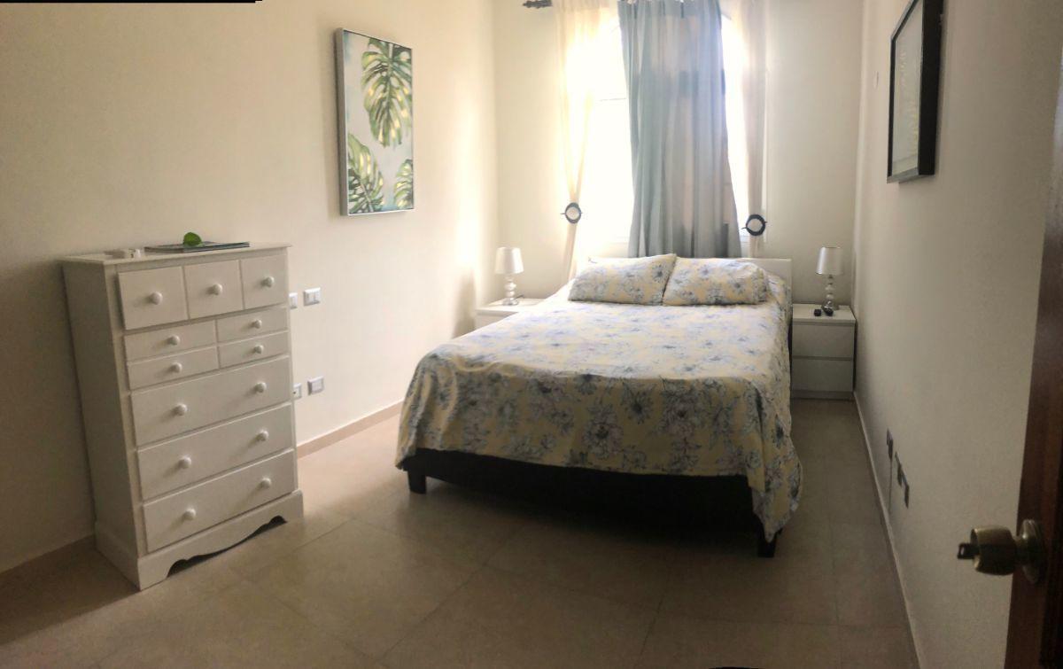 7 of 13: 2nd bedroom