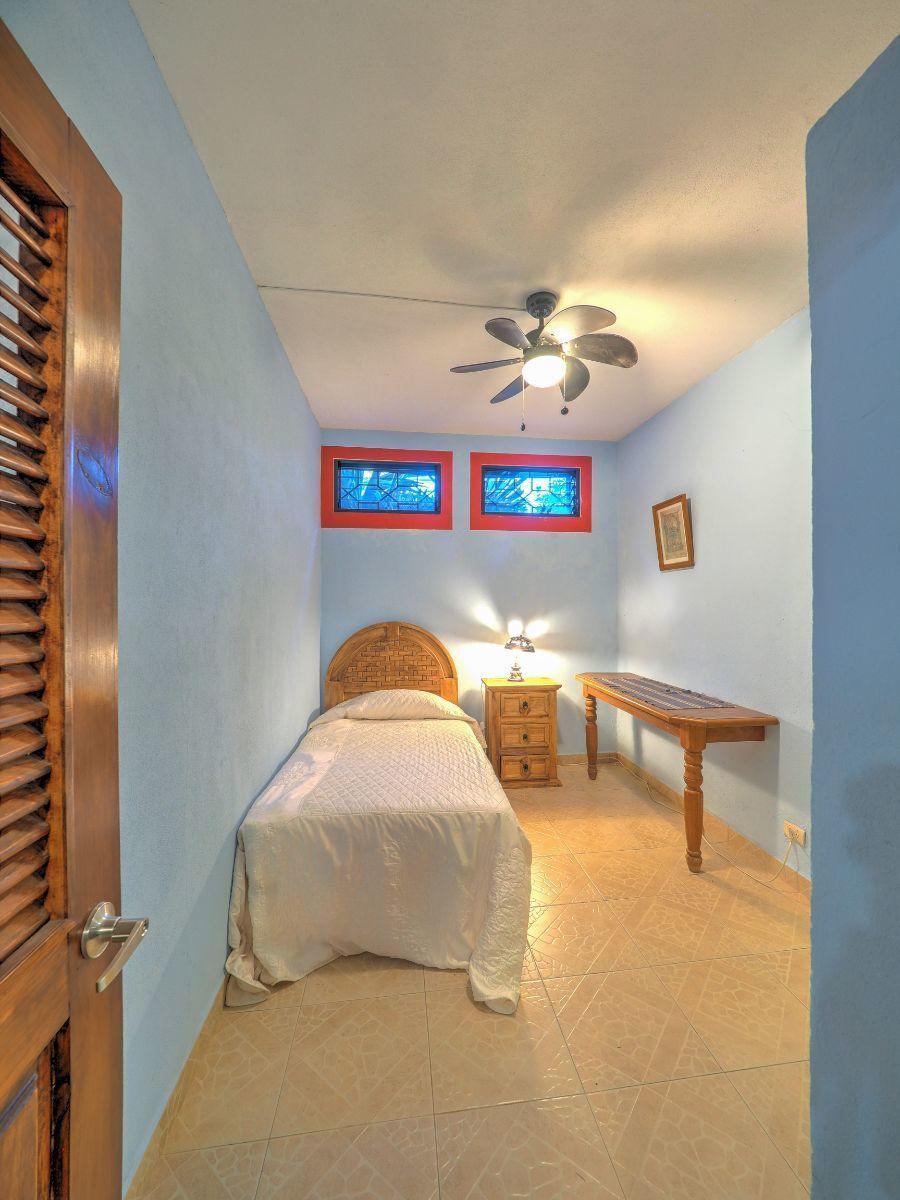 48 de 50: Villa Vista Royal La Cruz Huanacaxtle NUHome Realty