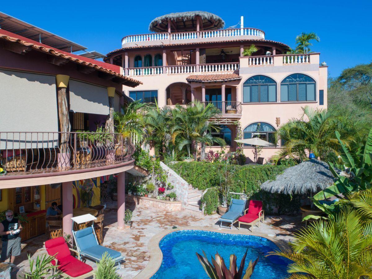 2 de 50: Villa Vista Royal La Cruz Huanacaxtle NUHome Realty