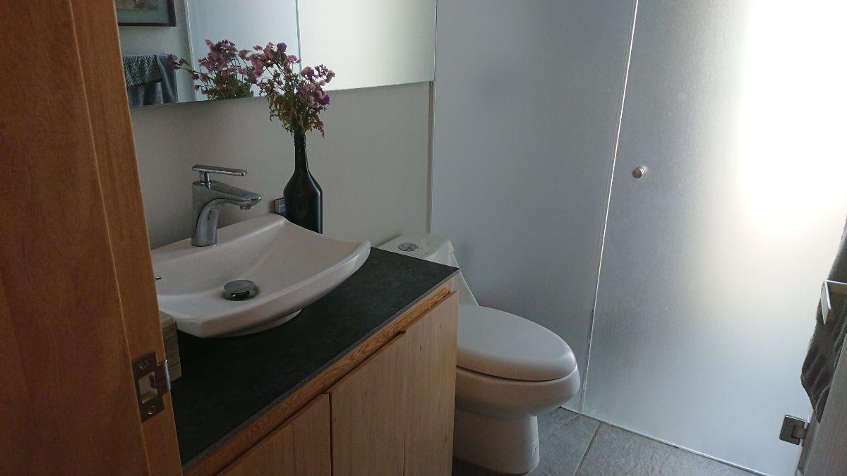 25 de 36: Cada habitación cuenta con baño independiente