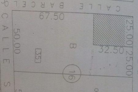 Medium eb dg3877