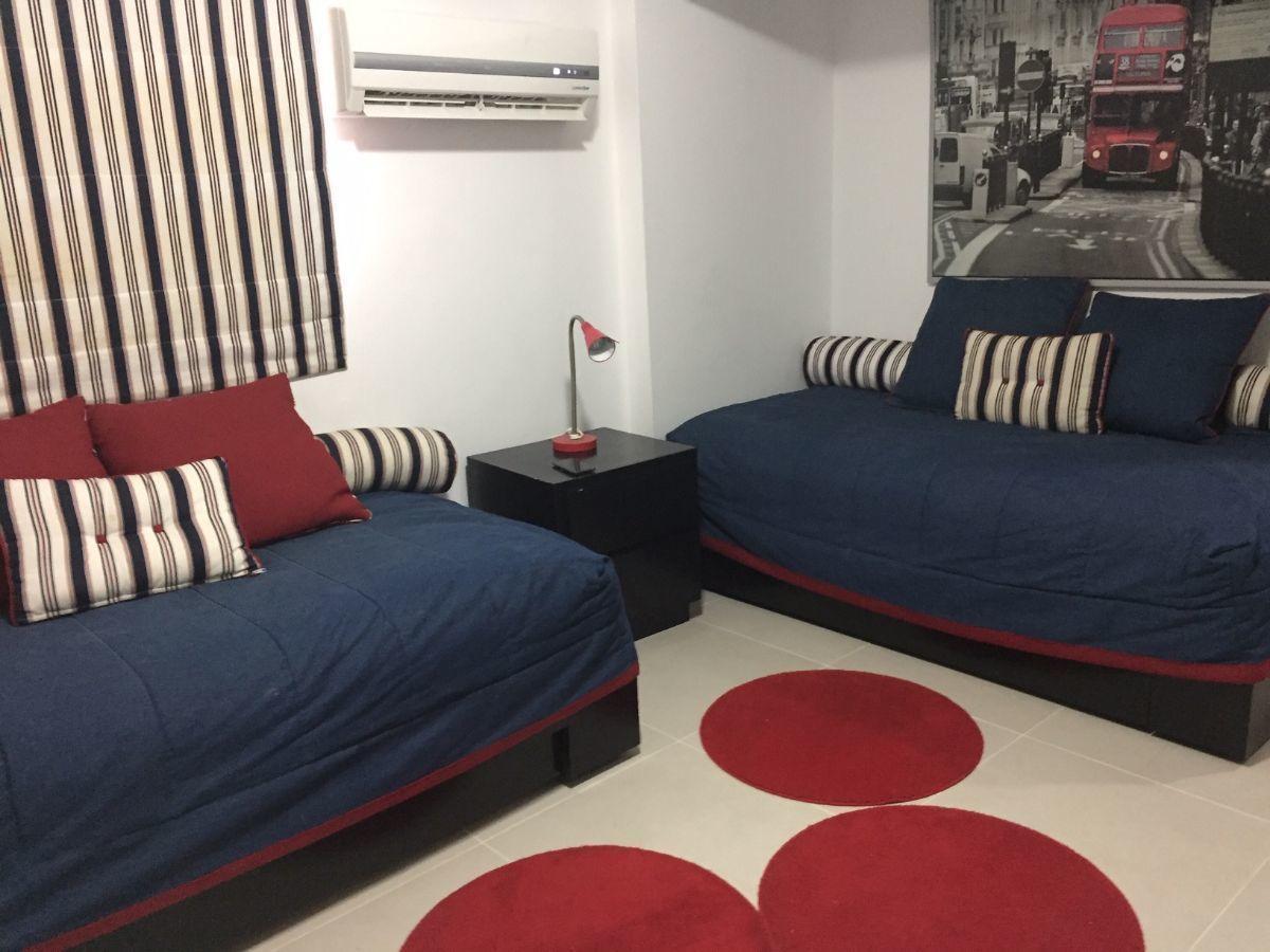 13 de 17: Hab. secundaria con dos camas twin.