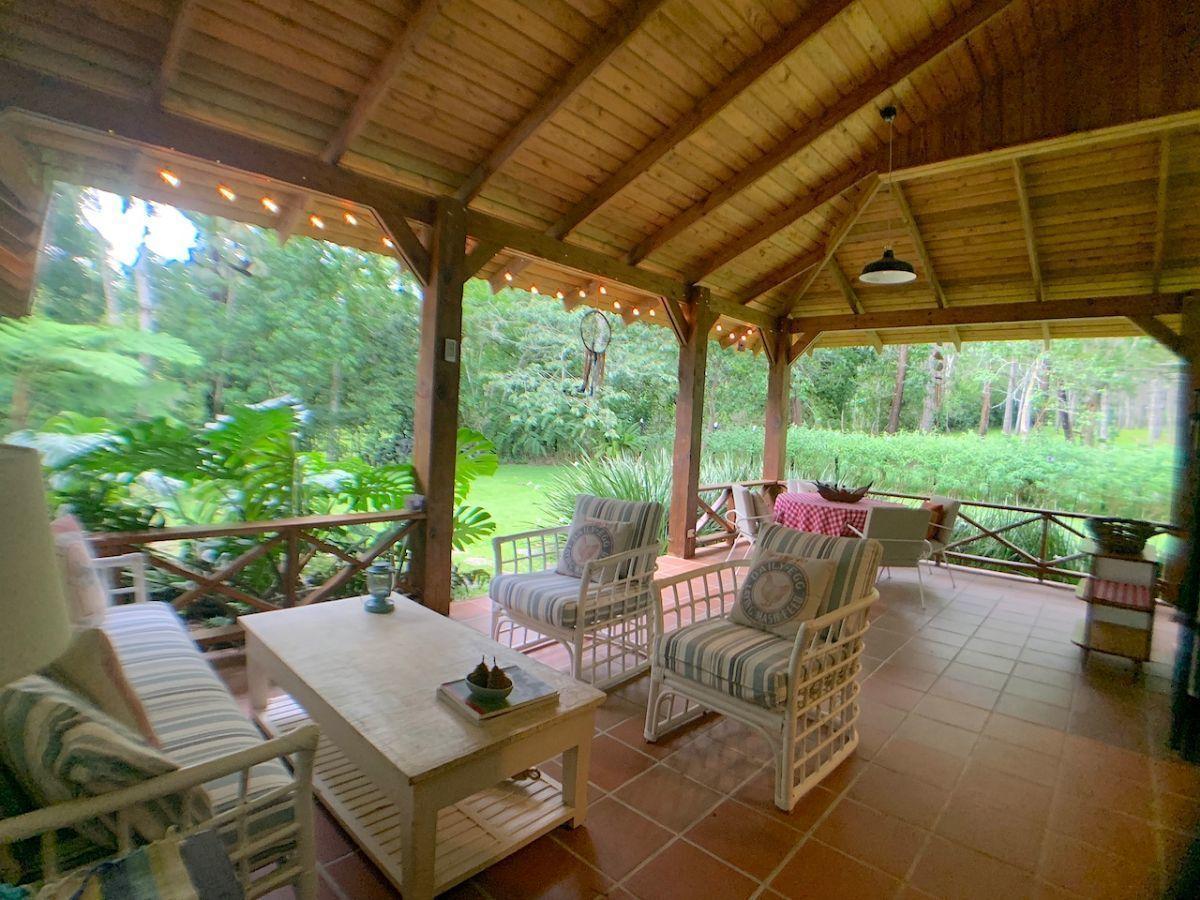 31 de 36: Terraza amplia para 2 ambientes para sala y comedor externo