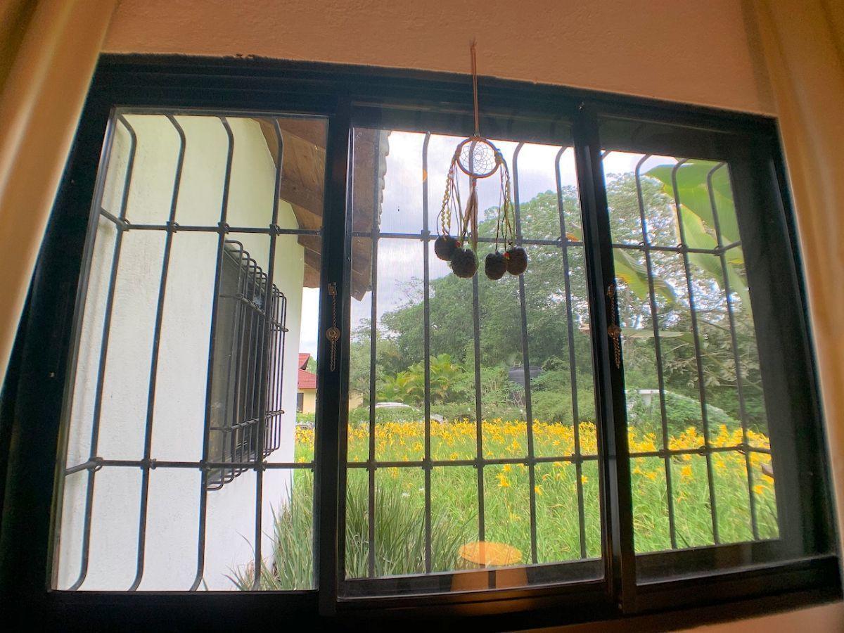 36 de 36: Calidad de las ventanas. Todas con hierro y Screen