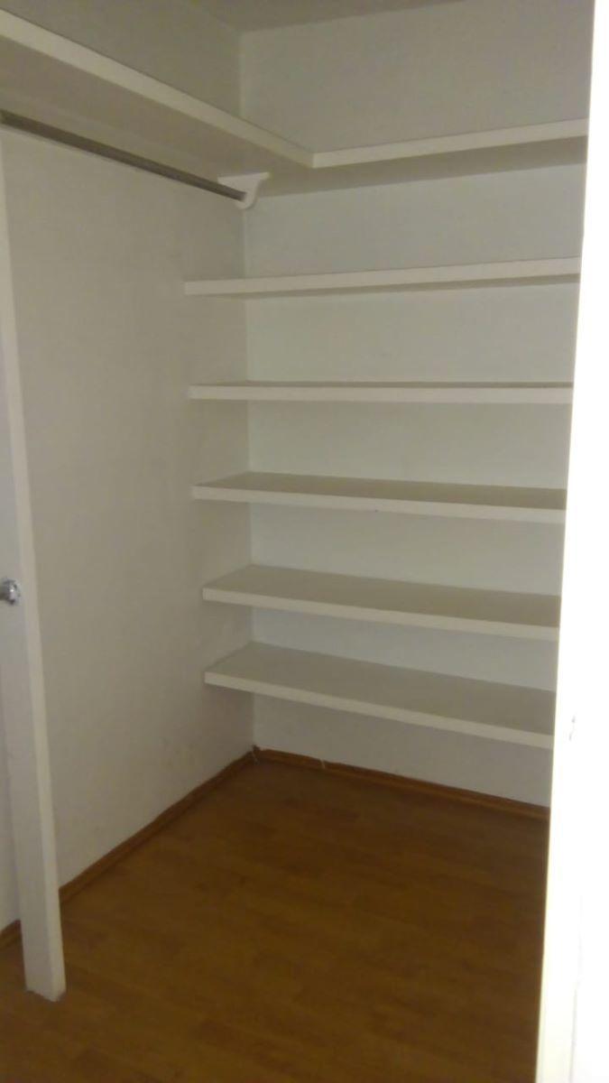 12 de 15: closet