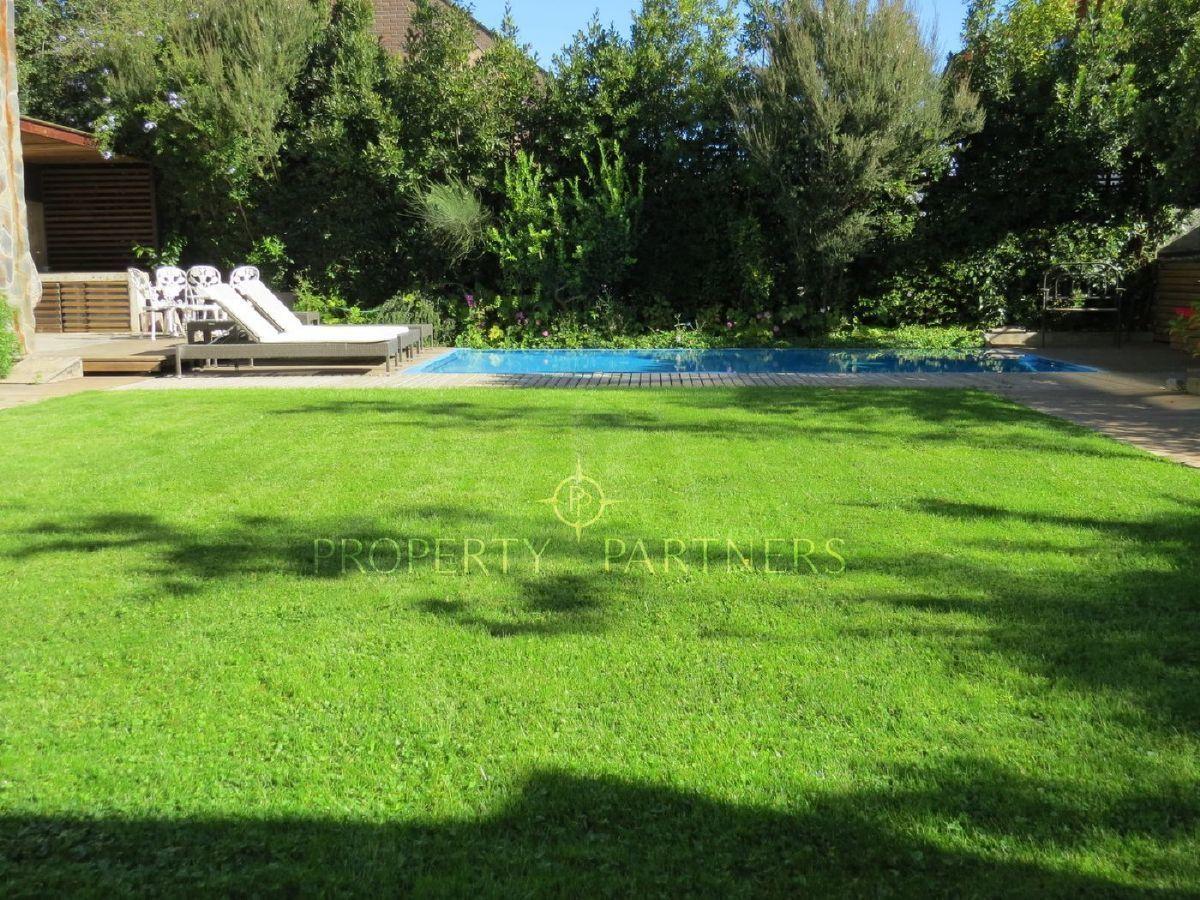 2 de 15: Jardín