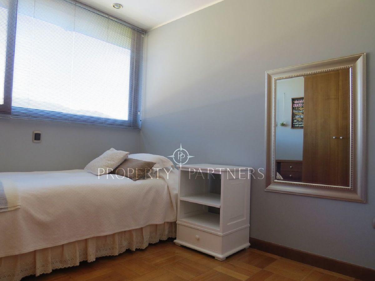 12 de 15: Dormitorio 2