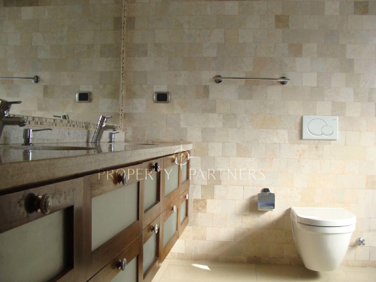 14 de 15: Baño dormitorio principal