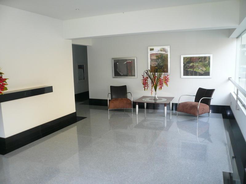 14 de 26: Lobby del edificio