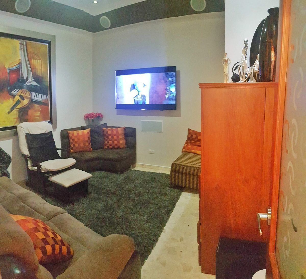 11 de 23: Habitación usada como estar.