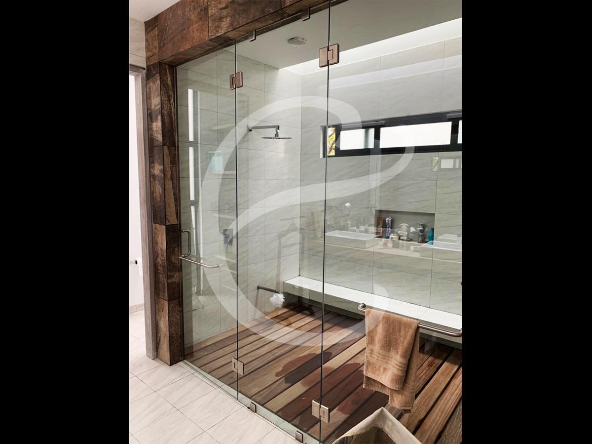 17 de 20: Baño de Habitación Principal