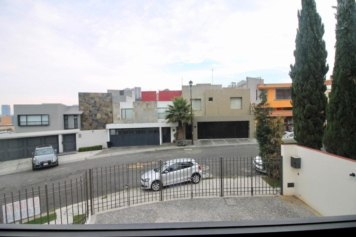 10 de 17: vista de la casa