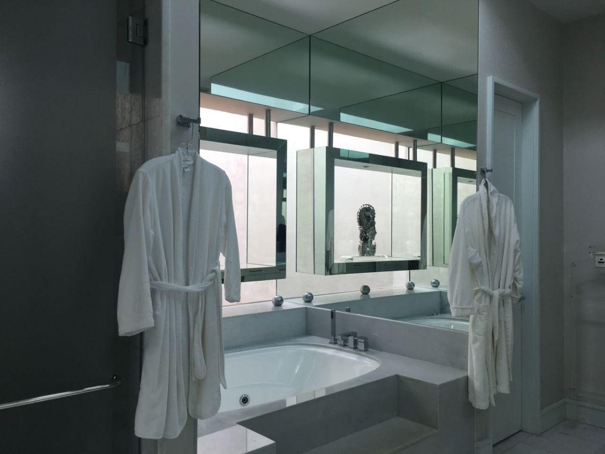 6 de 8: Baño Principal