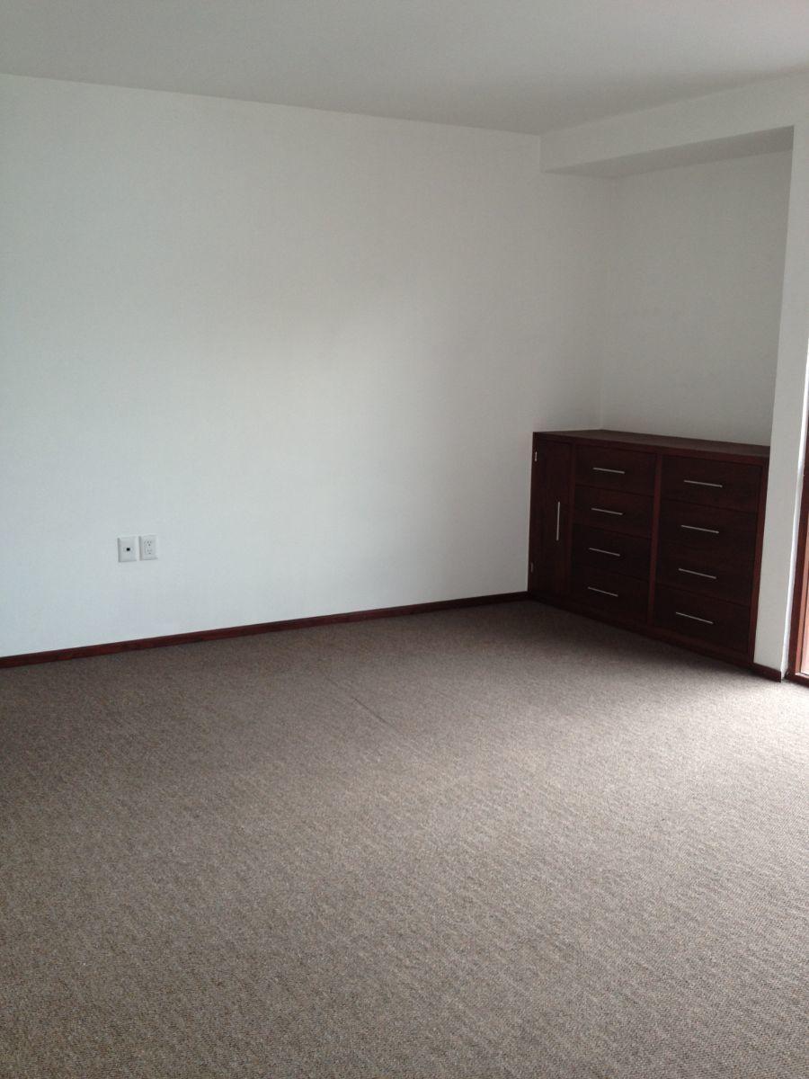 8 de 22: Recamara principal mueble empotrado
