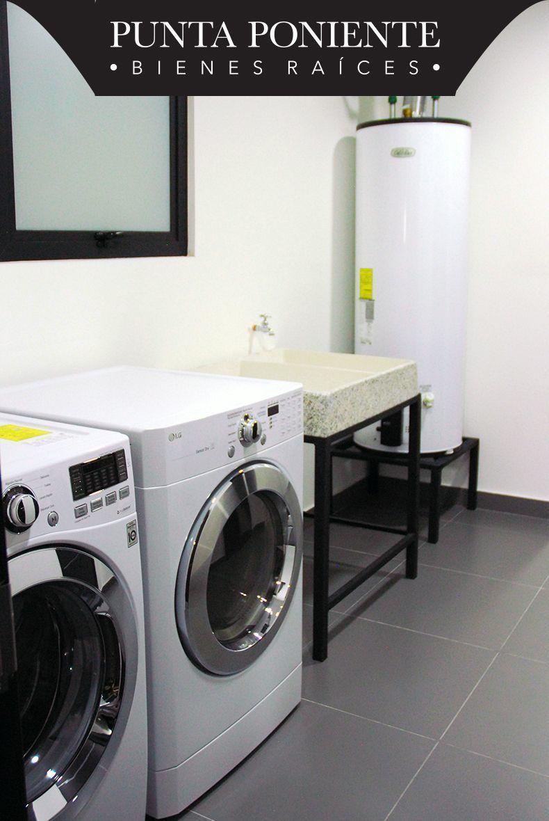 11 de 18: Cuarto de lavado y bodega interior