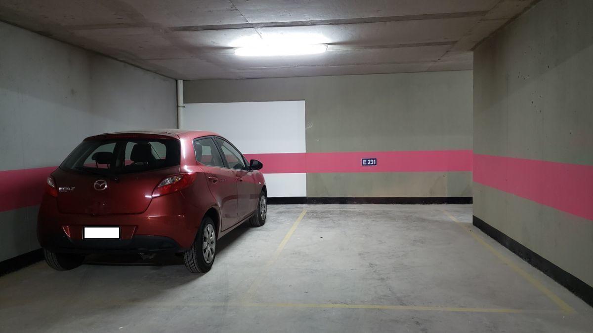 3 de 7: Estacionamiento 1 y 2