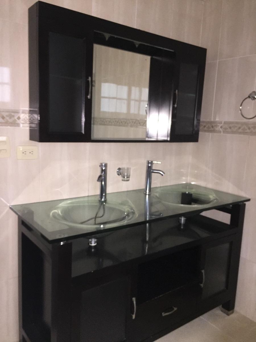 10 de 31: Baño Hab . Principal