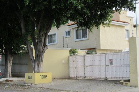 EB-DL4910